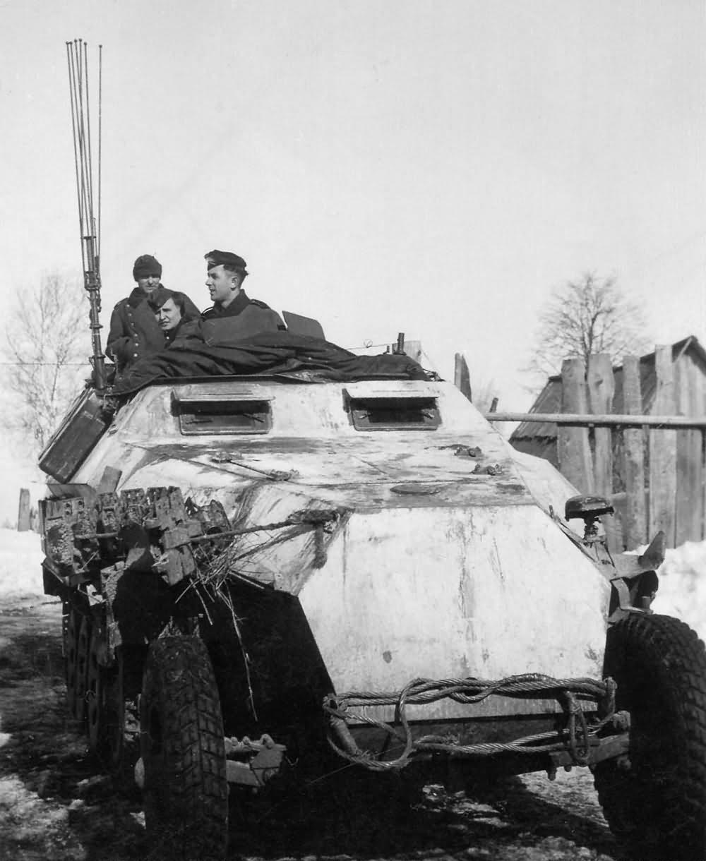 SdKfz 251/3 Ausf D