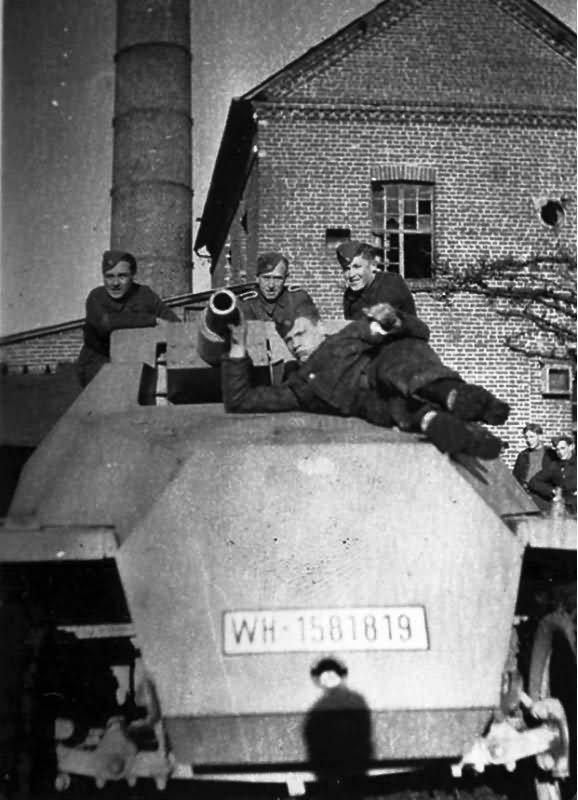 SdKfz 251/9 Stummel