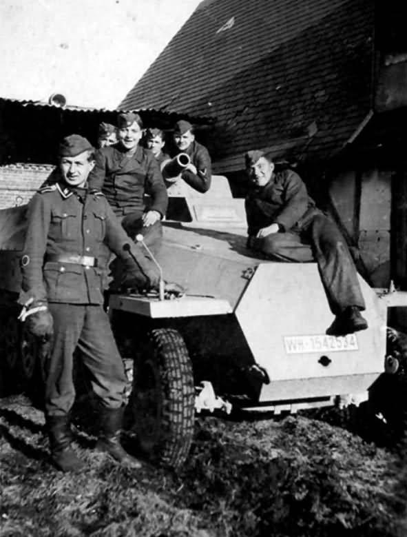 SdKfz 251 9 Stummel SPW