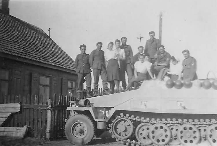 SdKfz 251 Ausf D half track