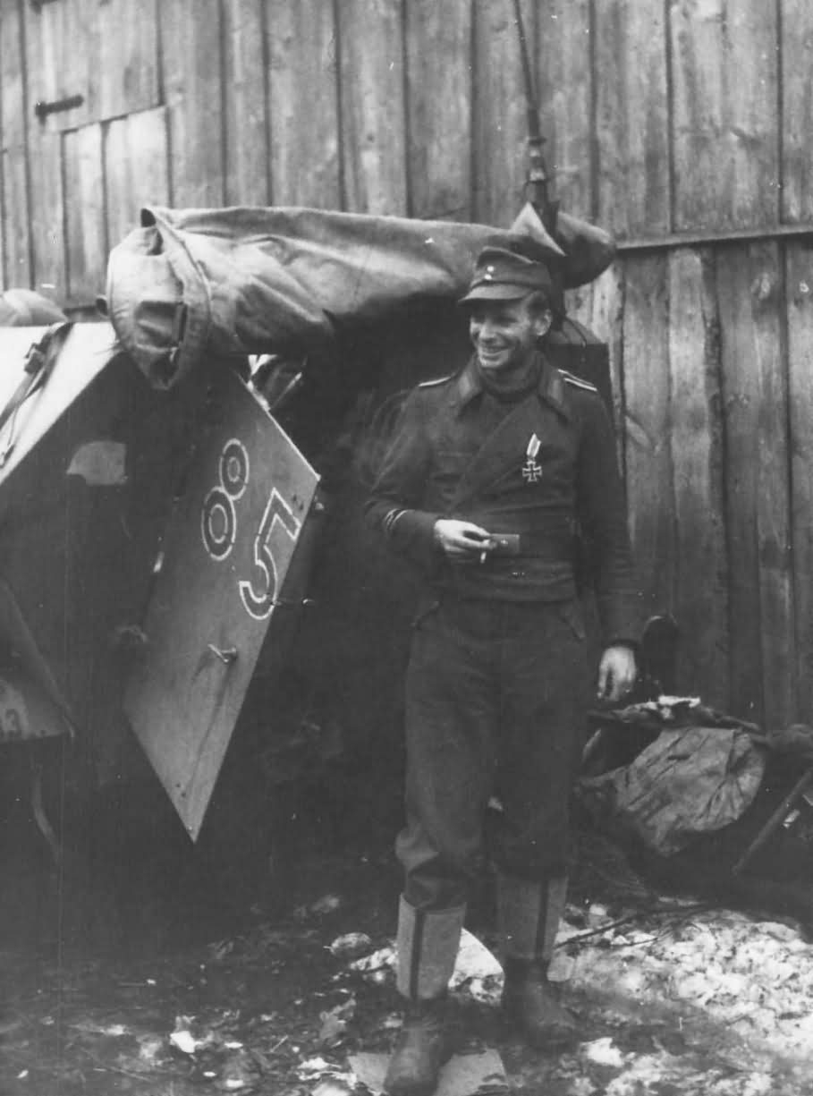 SdKfz 251 and soldier