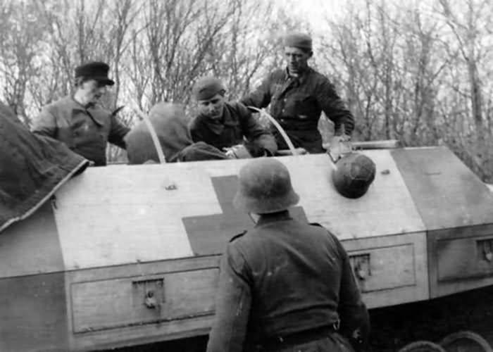 Sdkfz 251/8 Ausf D