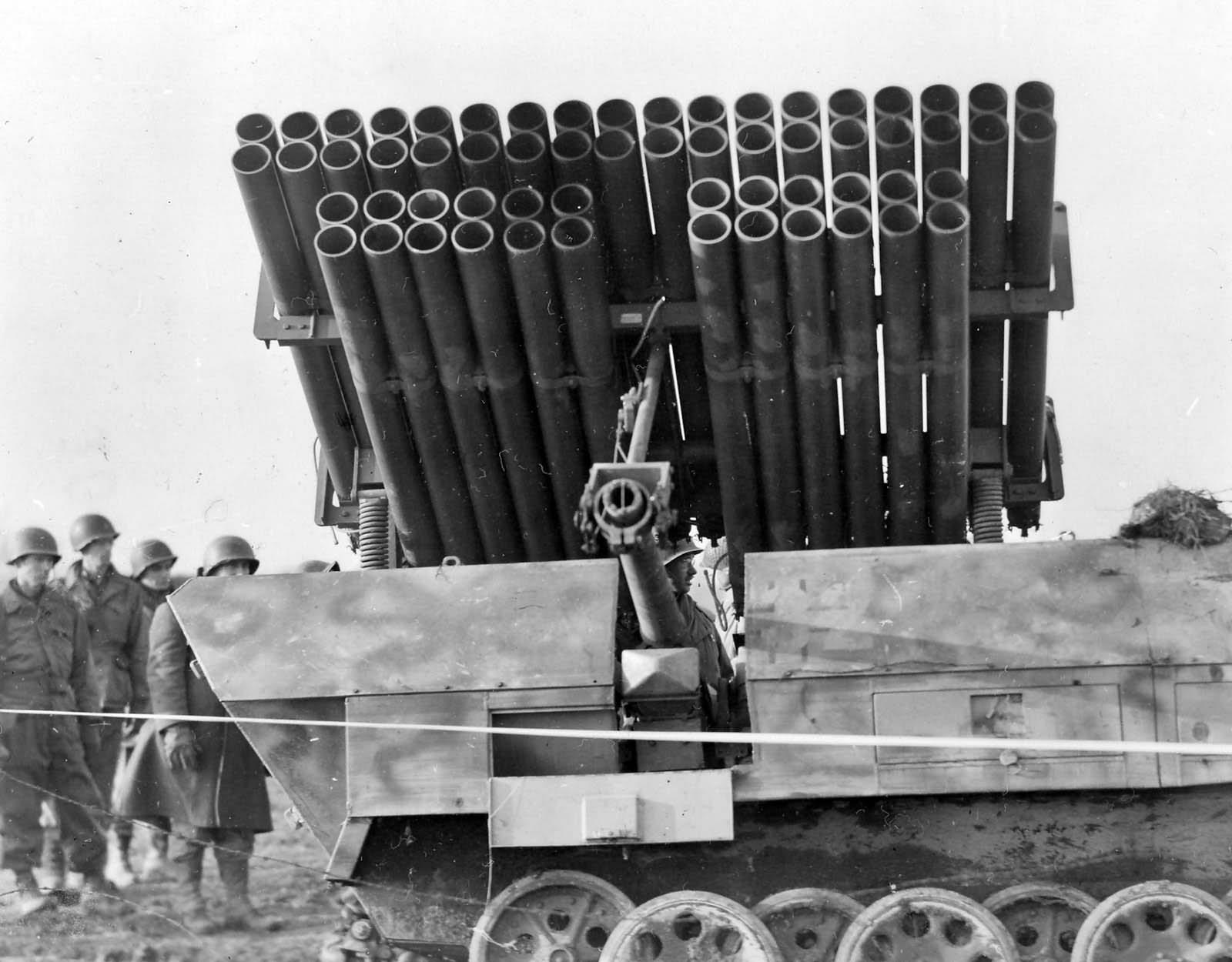 Sdkfz 251 ausf D rocket launcher halftrack