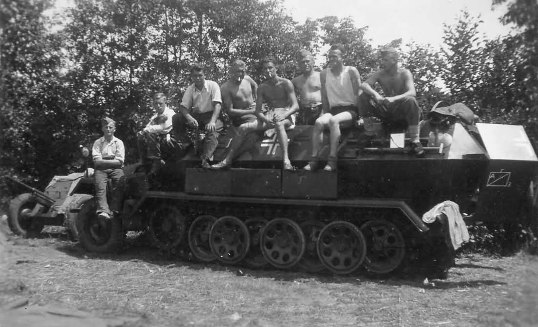 Sdkfz 251 crew