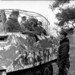 SdKfz 251/6 Ausf D Funkpanzerwagen Skijager Eastern front 1944