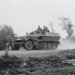 SdKfz 251 Ausf A on road