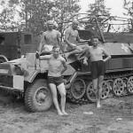german half track Sd.Kfz.251/6