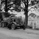 Destroyed 8,8 cm Flak 18 (Sfl.) auf Zugkraftwagen 12t Sd.Kfz. 8 heavy halftrack 1940