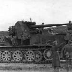 Sdkfz 8 halftrack 8,8 cm Flak 18 Sfl. crew instructed by Hasso von Manteuffel