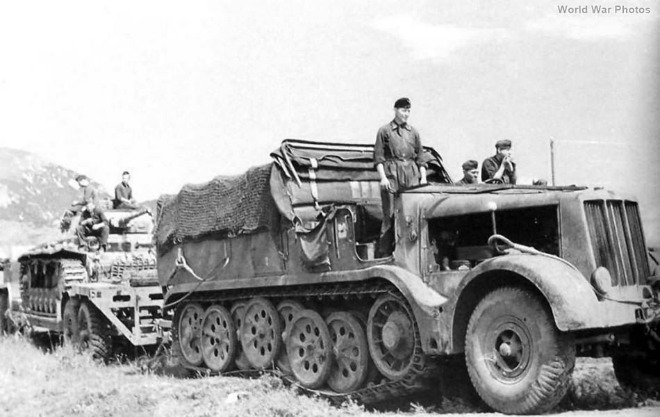 SdKfz 9 Towing Tank Transporter Sd.Ah. 116 2