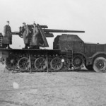 8.8 cm Flak 18 (Sfl.) auf Zugkraftwagen 18t (Sd.Kfz. 9) - variant with 88mm Flak gun for anti-tank duties.