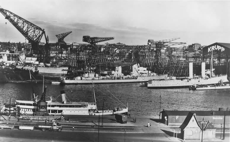 German destroyers Z 12 Z 13