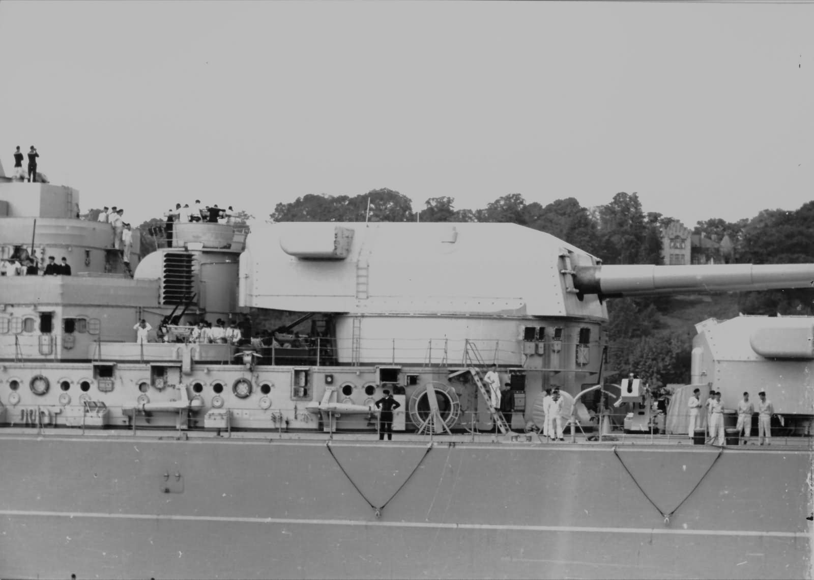Battleship Bismarck Cäsar turret
