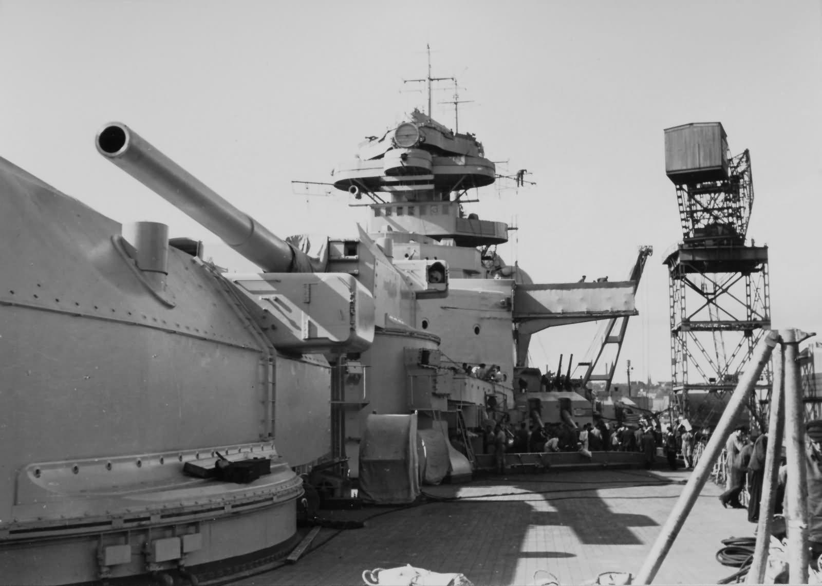 Bismarck battleship turrets Anton and Bruno