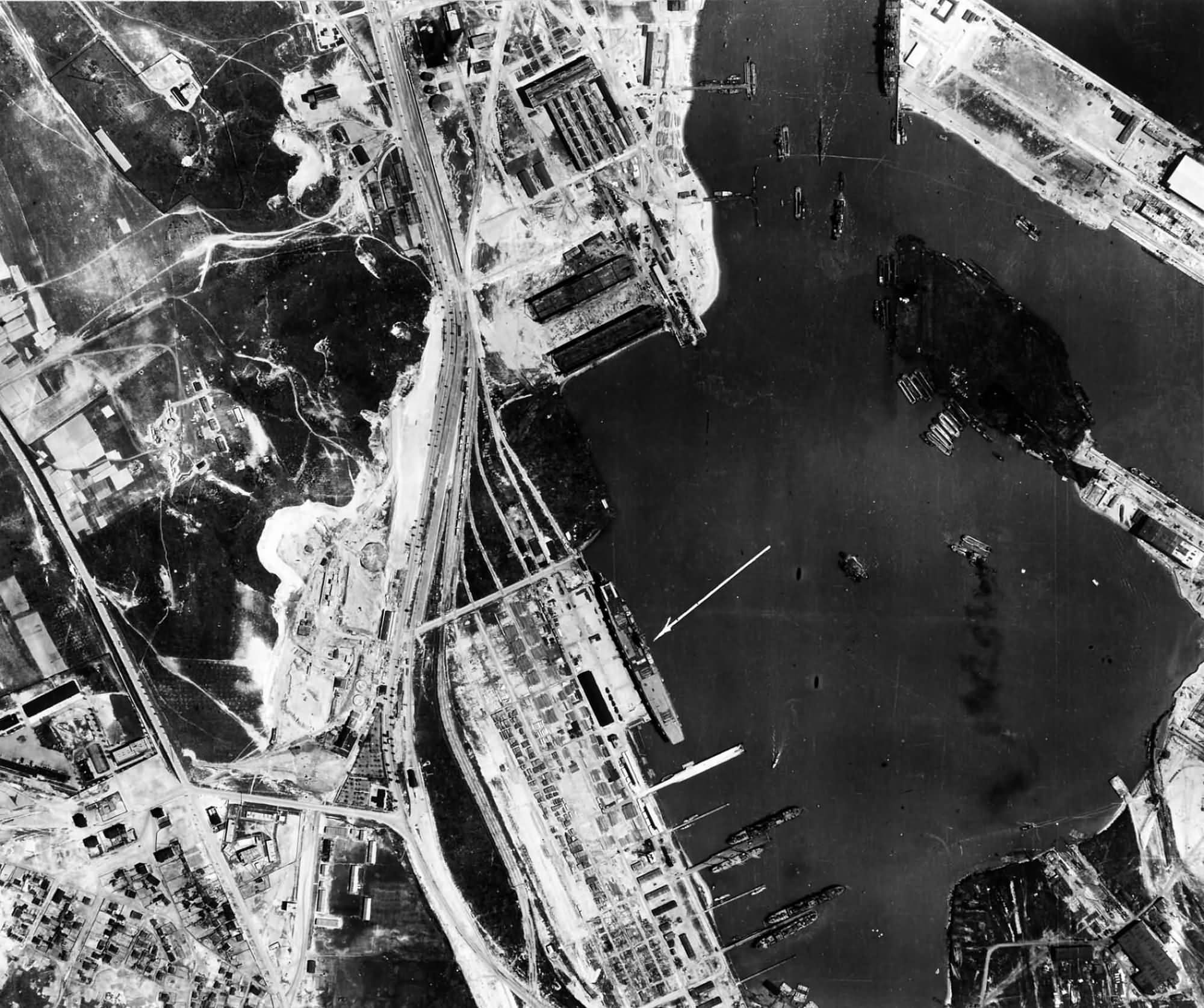 raf reconnaissance photo showing graf zeppelin at. Black Bedroom Furniture Sets. Home Design Ideas