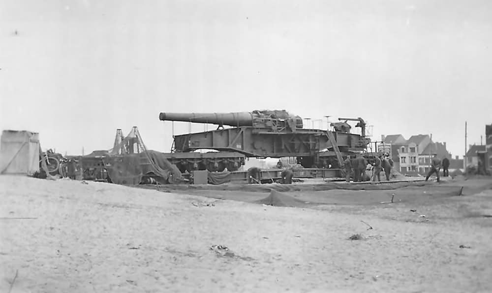 28 cm schwere Bruno railway gun France
