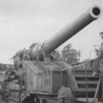captured 274 mm Mle 1917 railway gun