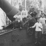 ex french railway gun crew 1941