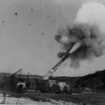 german railway gun in action 1943