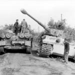 Sturmpanzer Brummbar and Tiger tank of schwere-Panzer-Abteilung 508 near Nettuno Italy
