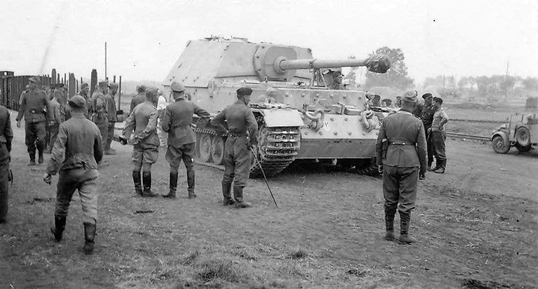 Panzerjager Tiger (P) Ferdinand, Eastern Front