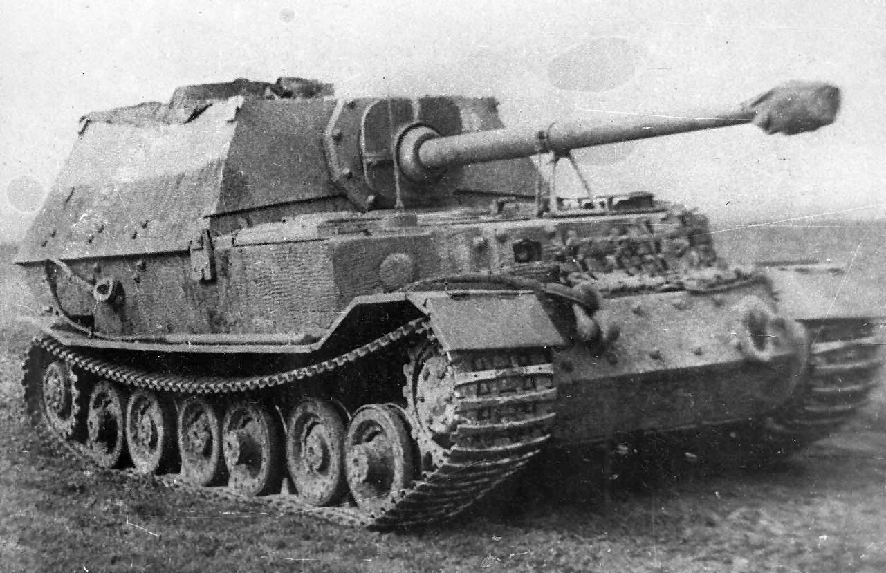 Heavy tank destroyer Elefant from schwere Panzerjäger-Abteilung 653