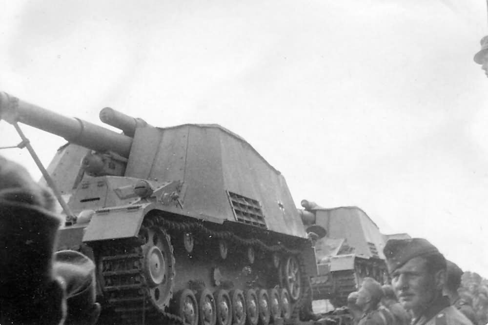hummel german self propelled artillery