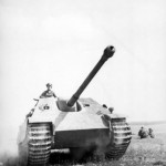 Jagdpanther during field exercises in occupied France 13
