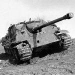 Destroyed German tank destroyer Jagdpanther of the schwere Panzerjager Abteilung 654, March 1945