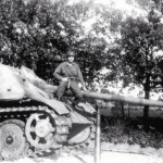 Late Jagdpanther number 823 of the II/Panzerlehr-Regiment 130 – stripe camouflage