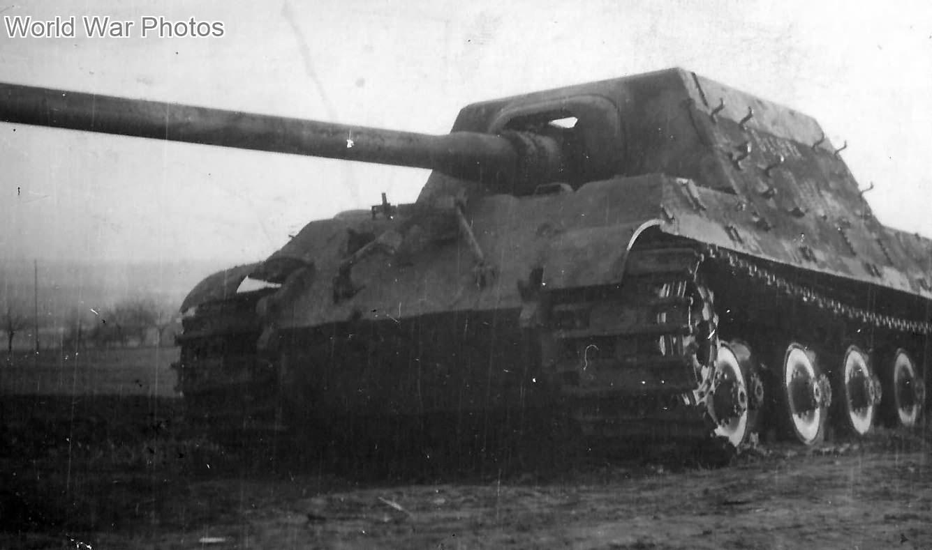 Jagdtiger 102 of sPzJgAbt. 653