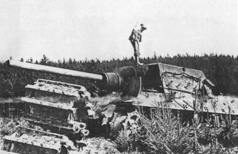Jagdtiger of the 3/Schwere Panzerjäger-Abteilung 512 (sPz.Jg.Abt. 512) St. Andreasberg 1945