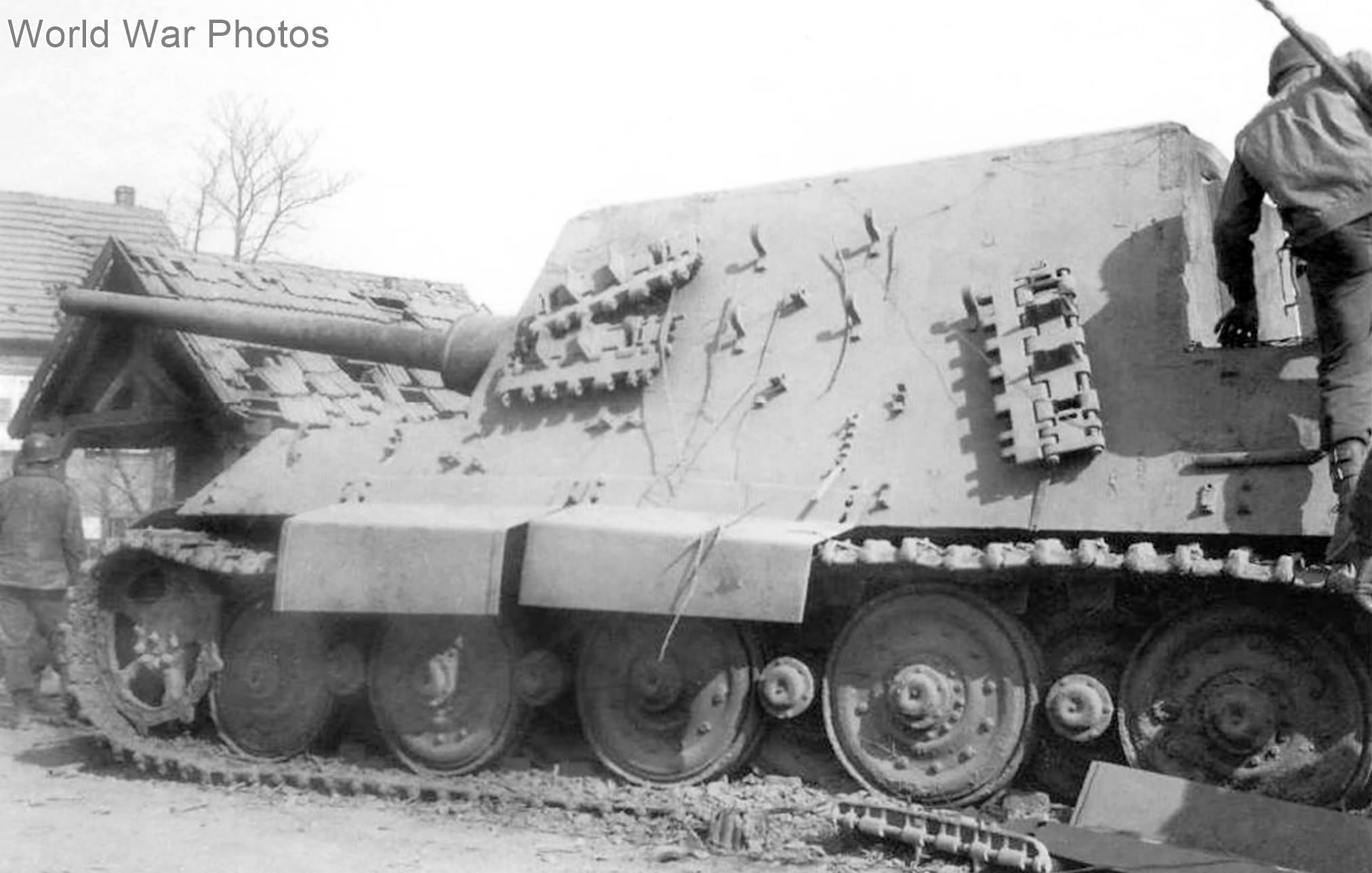 """Jagdtiger """"234"""" in Soultz France"""