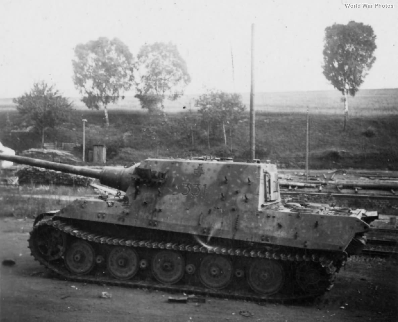 Jagdtiger 331 of the s.Pz.Jg.Abt. 653 2