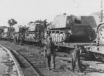 Nashorn Panzerjager rail transport to Anzio