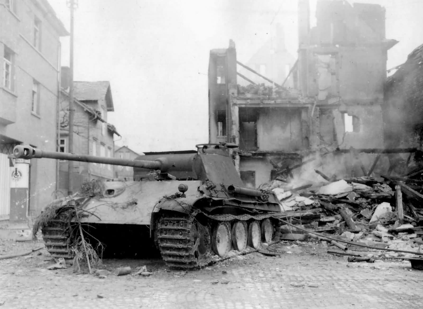 destroyed panther ausf g tank germany 1945 world war photos. Black Bedroom Furniture Sets. Home Design Ideas