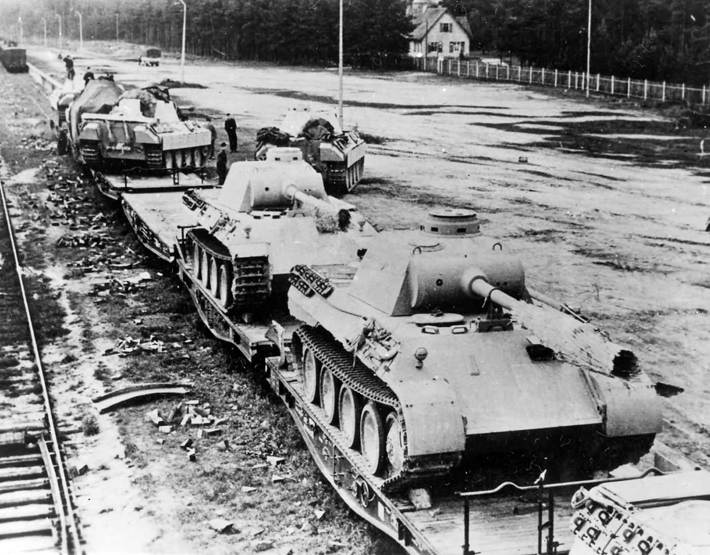 German Panzer V Panther Medium Tanks On Rail Cars 1944 World War Photos