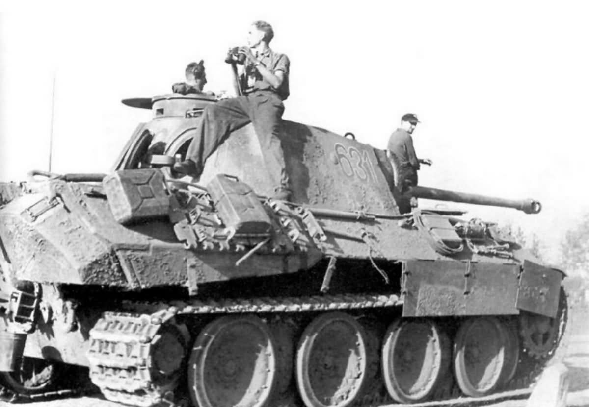 How does the German tank Panther 92
