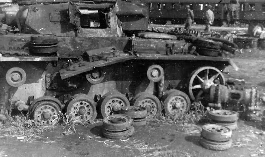 Panzer 3 1942 destroyed