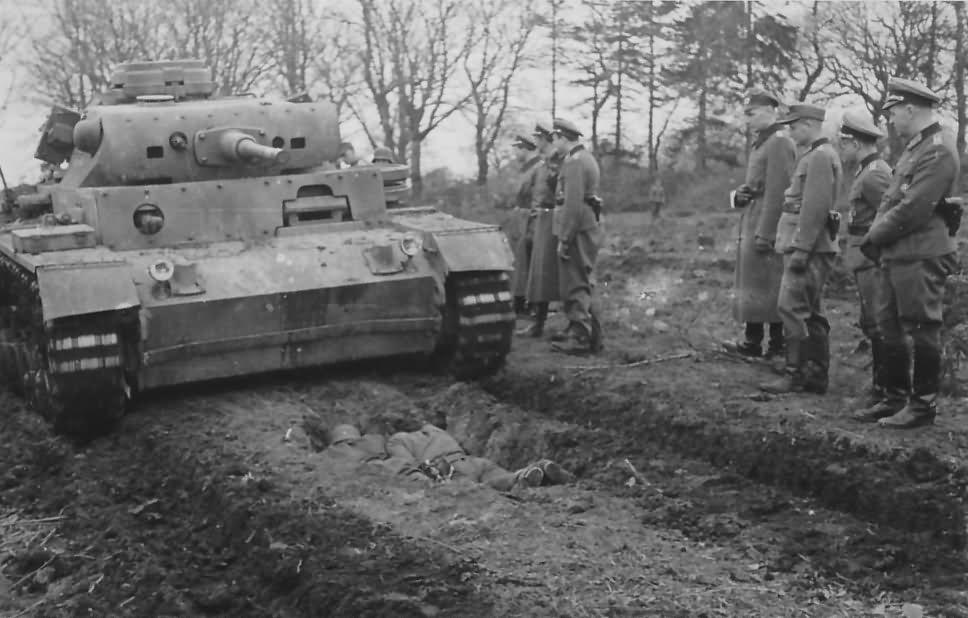 Panzer 3 tank 89