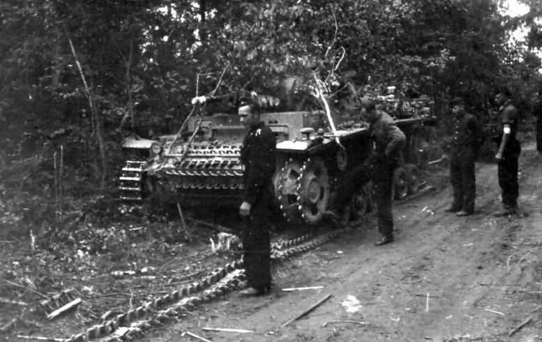 Panzer 3 tank detracked