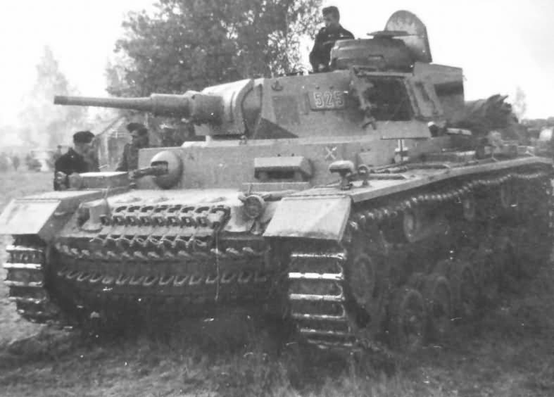 Panzer III number 525 of the 5th Panzer Division