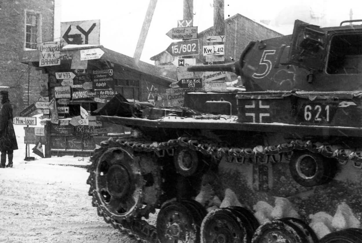 Panzer III tactical number 621of the Panzer-Regiment 7, 10. Panzer-Division – winter Soviet Union