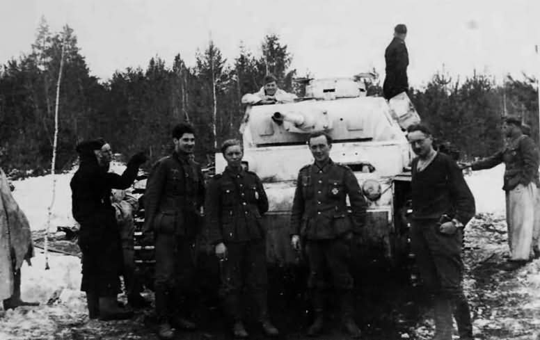 Medium tank Panzer III with winter camouflage