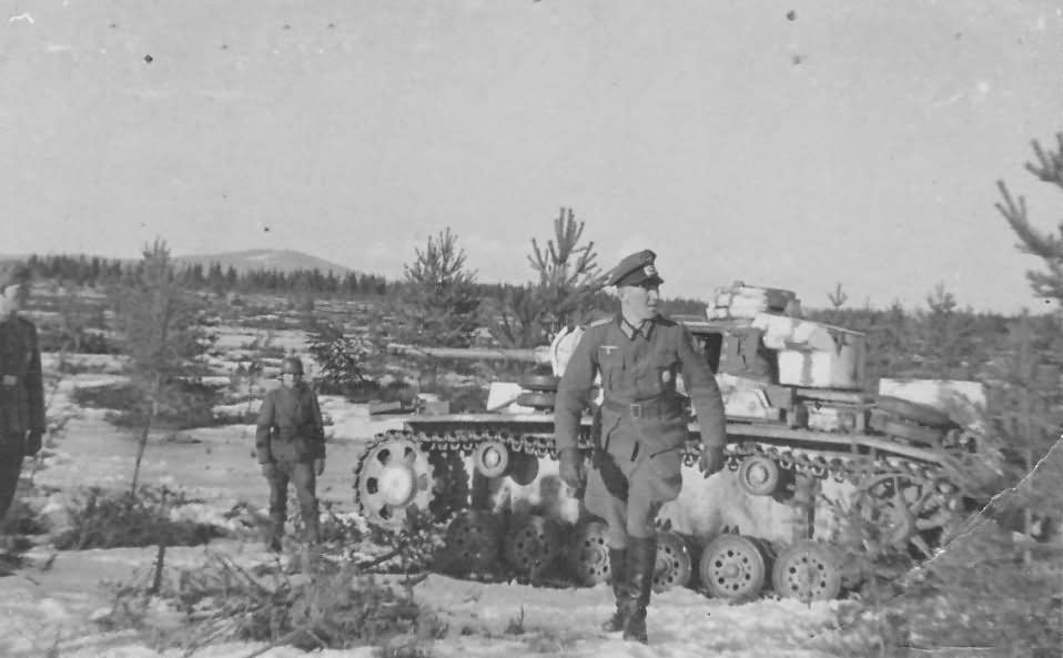 Panzer III with winter camo