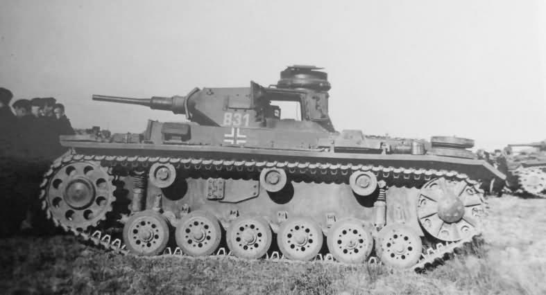 Panzerkampfwagen III Ausf E tactical number 831