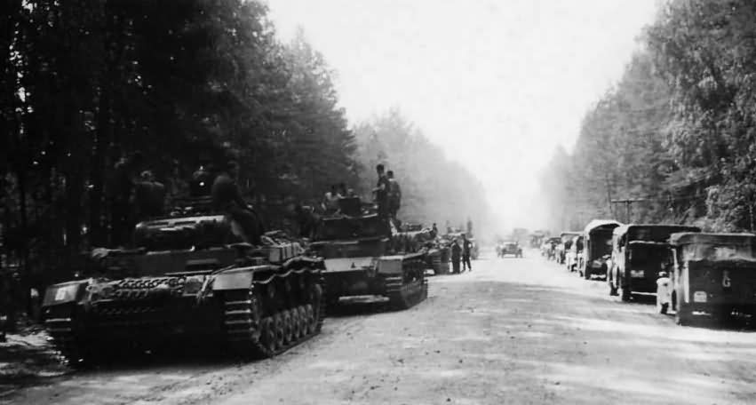 Panzerkampfwagen III tanks photo