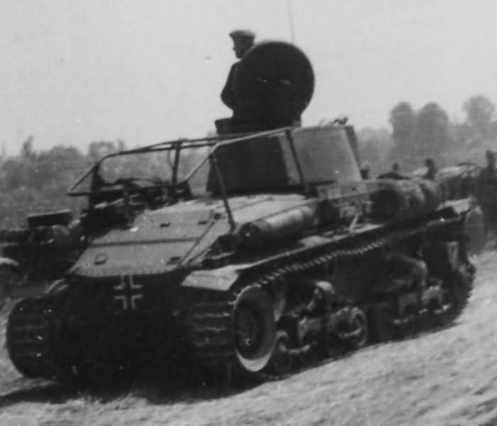 Pz.Kpfw. 35(t) modified as a Panzerbefehlspanzer 35(t) 1940
