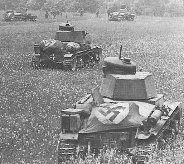 Panzer 35t tanks 7