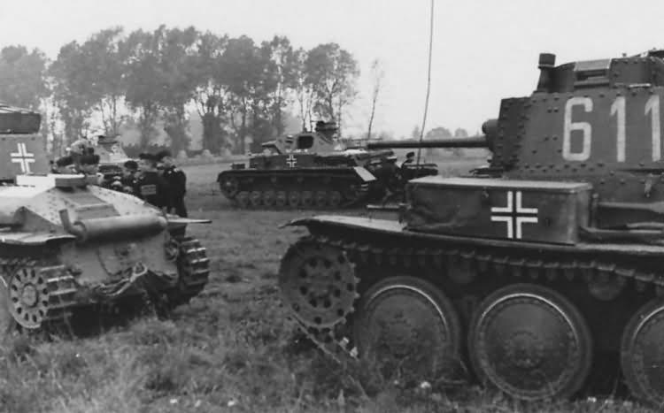 Panzer 38t number 611  World War Photos
